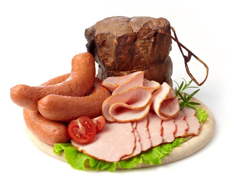 Carne e salsiccie affumicate fotografie stock libere da diritti