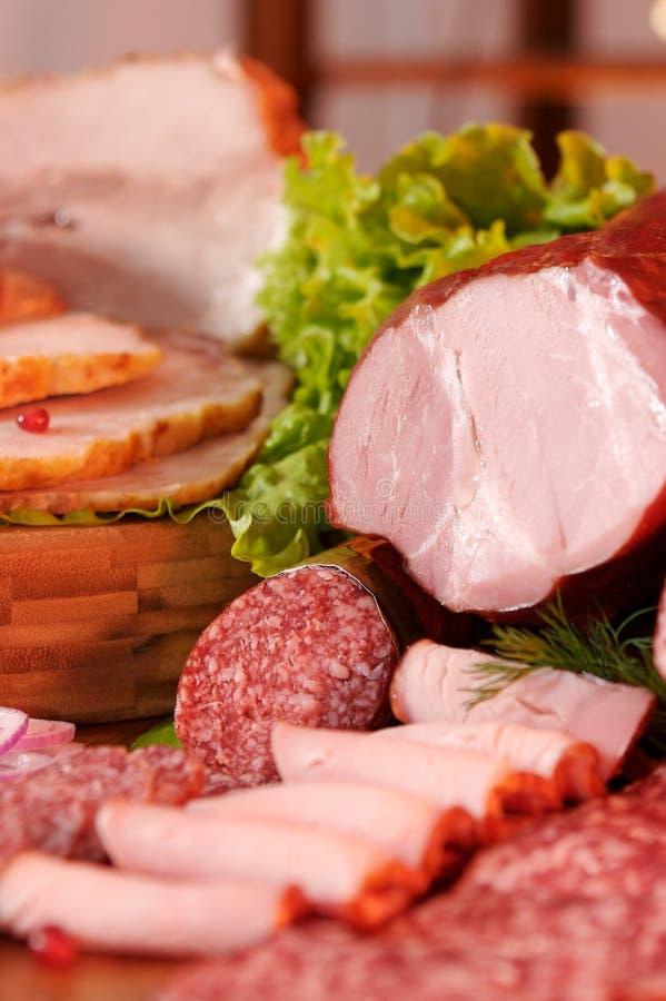 Carne e salsicha fumadas imagens de stock royalty free
