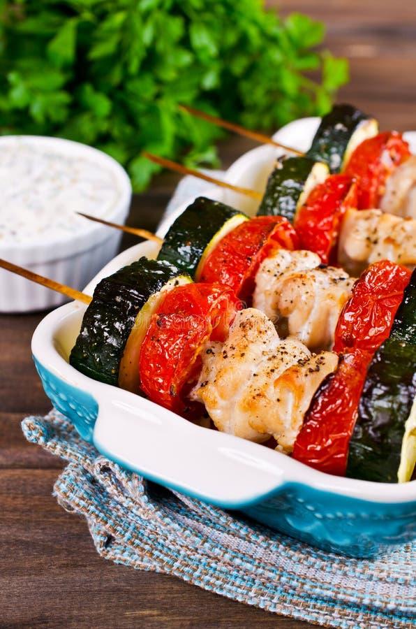 Carne e verdure cotte immagine stock