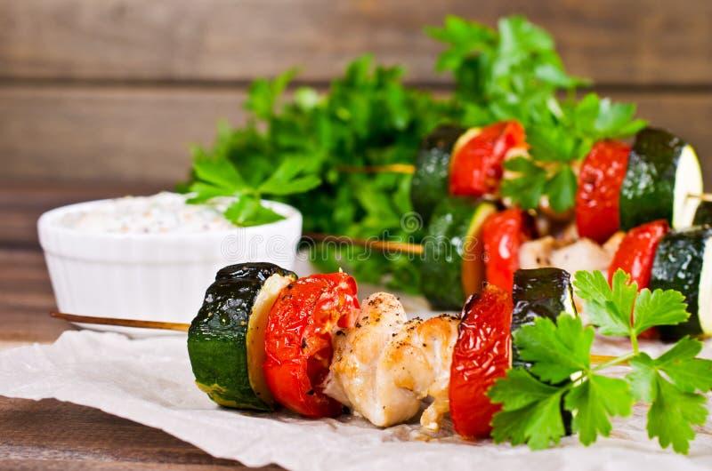 Carne e verdure cotte immagini stock libere da diritti