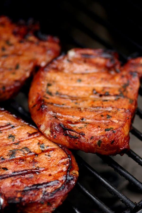 Carne en el Bbq foto de archivo
