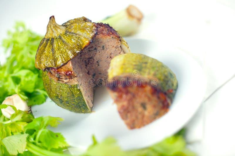 Carne Farcita Intorno Allo Zucchini Fotografia Stock
