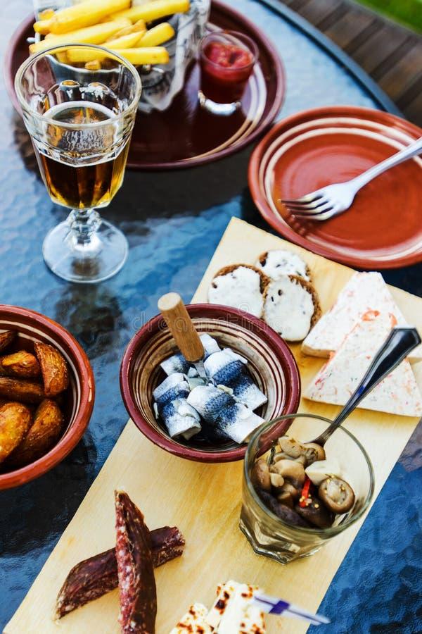 Carne finlandesa tradicional, peixe, petiscos sheese, vista de cima de imagem de stock royalty free
