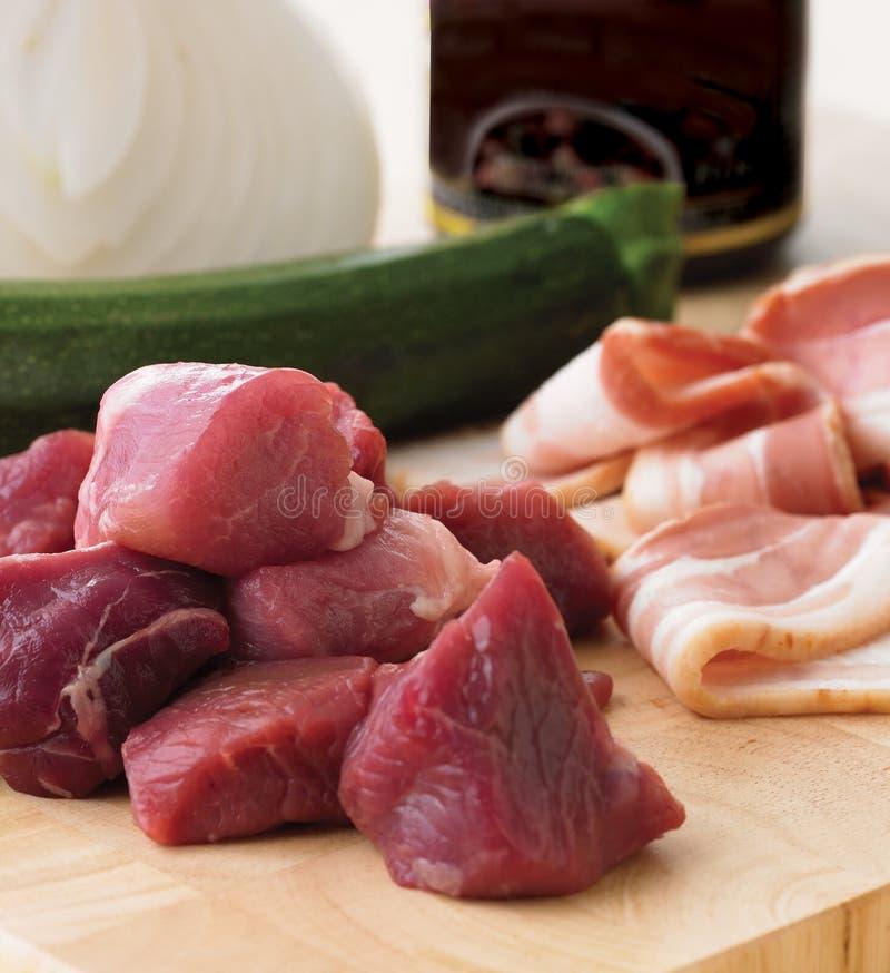 Carne fresca y tocino imagen de archivo libre de regalías