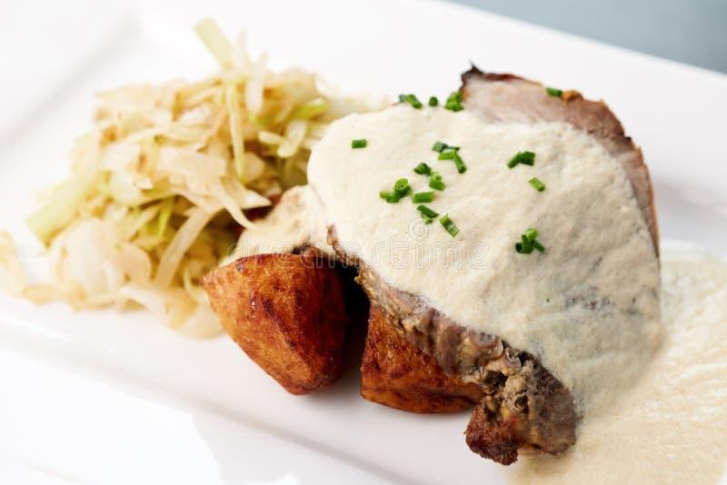 Carne fritada forno imagens de stock