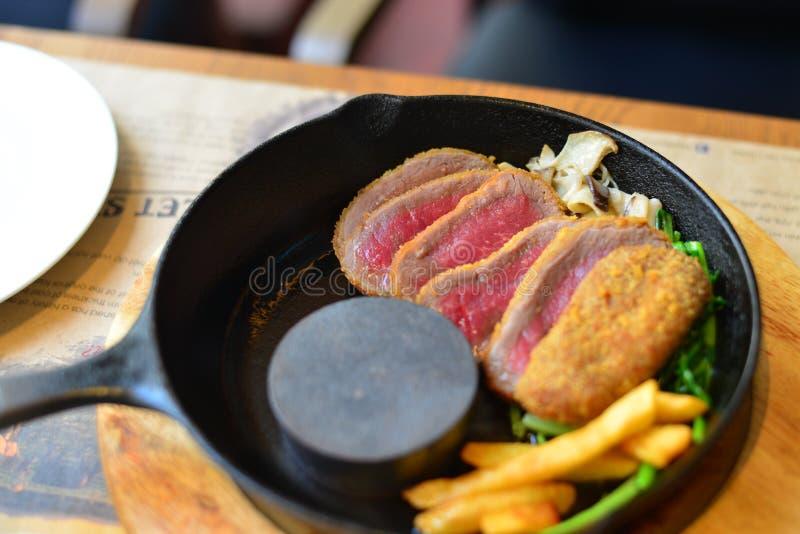 Carne fumado tradicional do wagyu do assado foto de stock royalty free