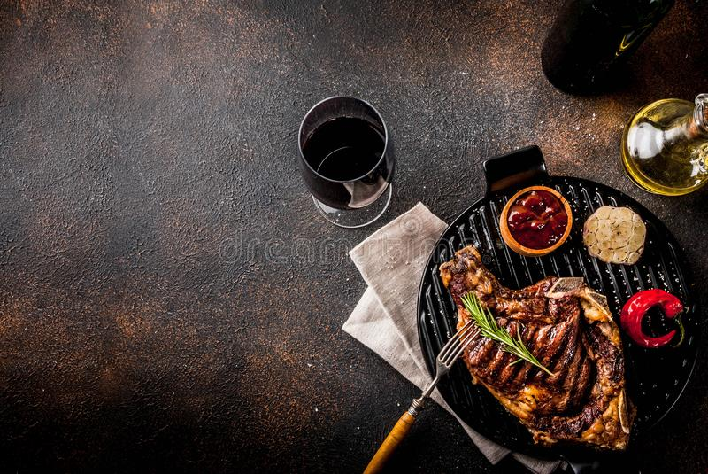 Carne grelhada fresca imagens de stock royalty free