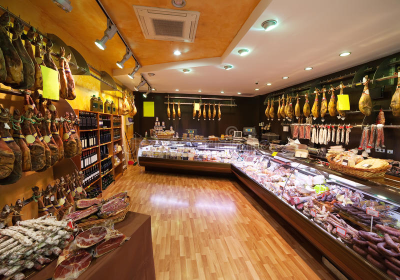 Carne no mercado espanhol fotografia de stock royalty free