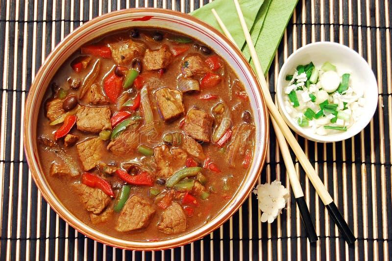 Download Carne No Molho Do Feijão Preto Imagem de Stock - Imagem de prato, frutas: 10052089