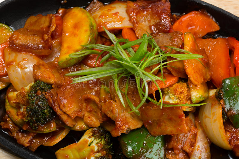 Carne Roasted com vegetais imagem de stock royalty free