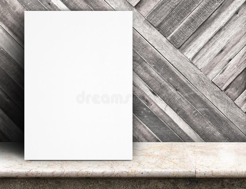 Carne sem gordura preta do cartaz do Livro Branco na parede e no mármore de madeira tropicais t imagem de stock