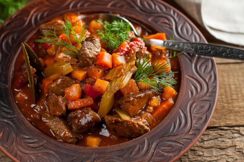 Carne Stewed com vegetais imagem de stock royalty free