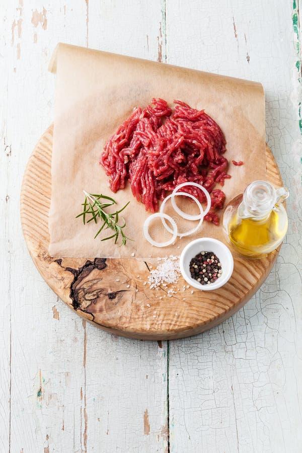Carne tritata fresca immagini stock