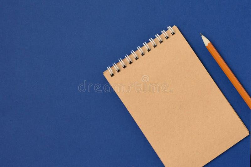 Carnet de notes à spirale de vue supérieure image stock