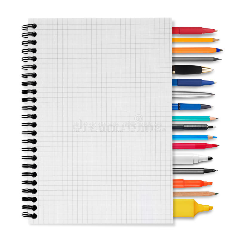 Carnet, stylos et crayons images stock