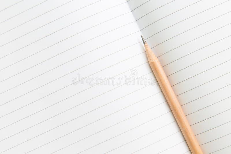 Download Carnet Vide Avec Le Crayon Sur La Table En Bois, Concept D'affaires Photo stock - Image du idée, feuille: 87709420