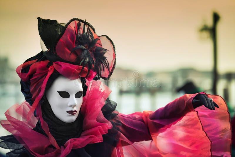 Carneval-Maske in Venedig - venetianisches Kostüm stockbilder