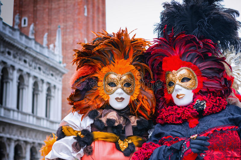 Carneval-Maske in Venedig - venetianisches Kostüm stockbild