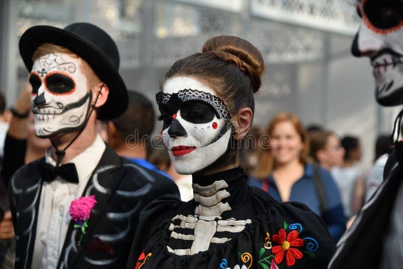 Carnevale di Dia de los Muertos immagine stock