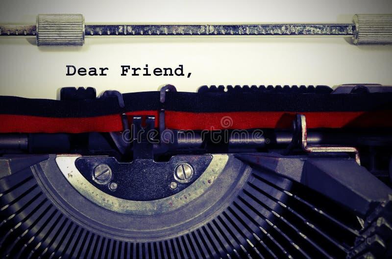 Caro del testo frined scritto con la macchina da scrivere fotografie stock libere da diritti
