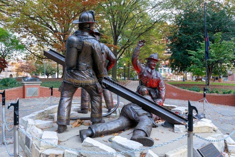 Carolina Fallen Firefighters Memorial norte na baixa de Raleigh foto de stock royalty free