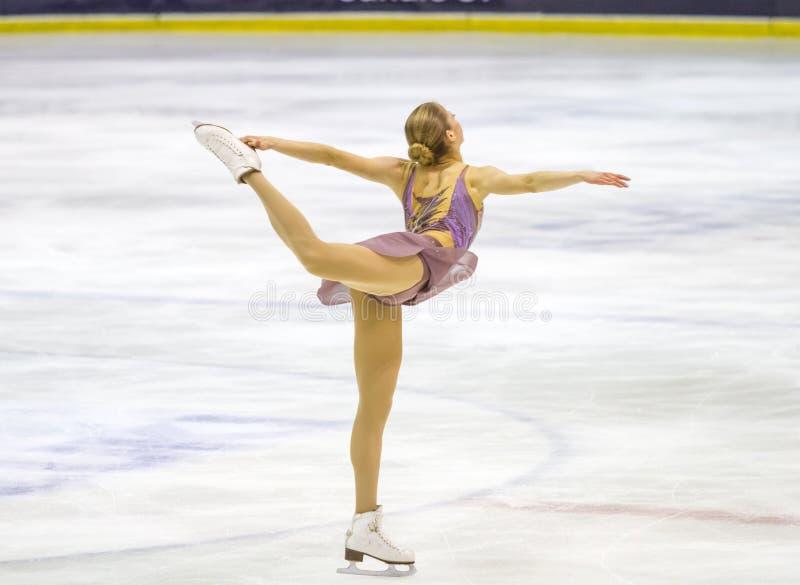 Carolina Kostner durante el Championshiper italiano, imagen de archivo libre de regalías