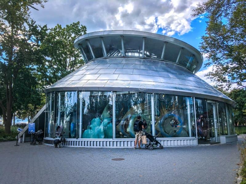 Carosello di SeaGlass nel parco batterie NYC immagini stock