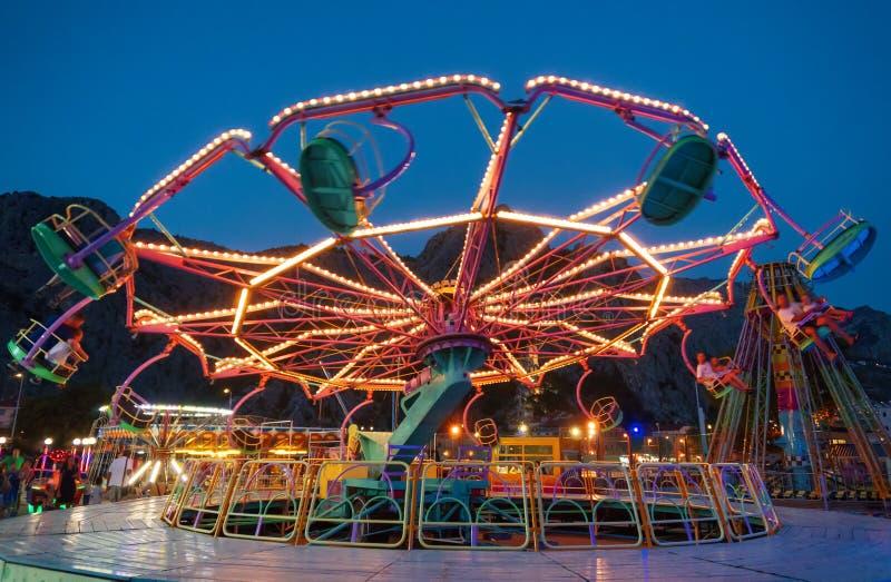 carousel цветастый стоковое изображение rf