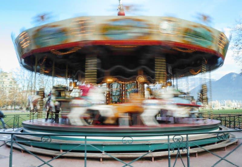 Carousel karuzela podczas gdy zaokrąglający obraz royalty free
