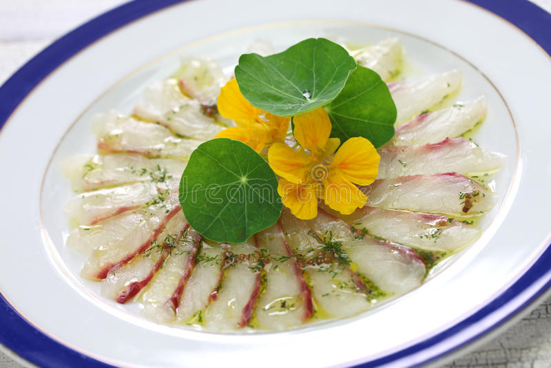 Carpaccio dos peixes, prato italiano fotografia de stock