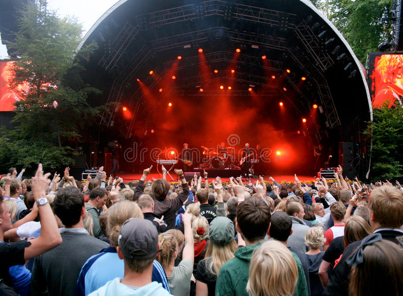 Download Carpark North on Festival editorial stock image. Image of music - 12169599