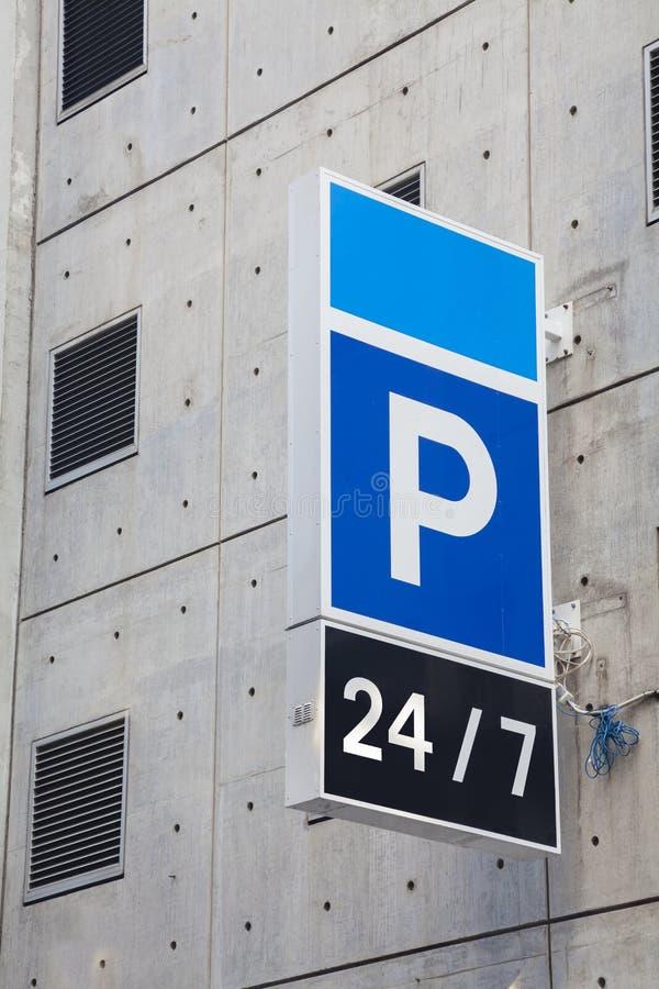 Carpark-Zeichen stockfotos