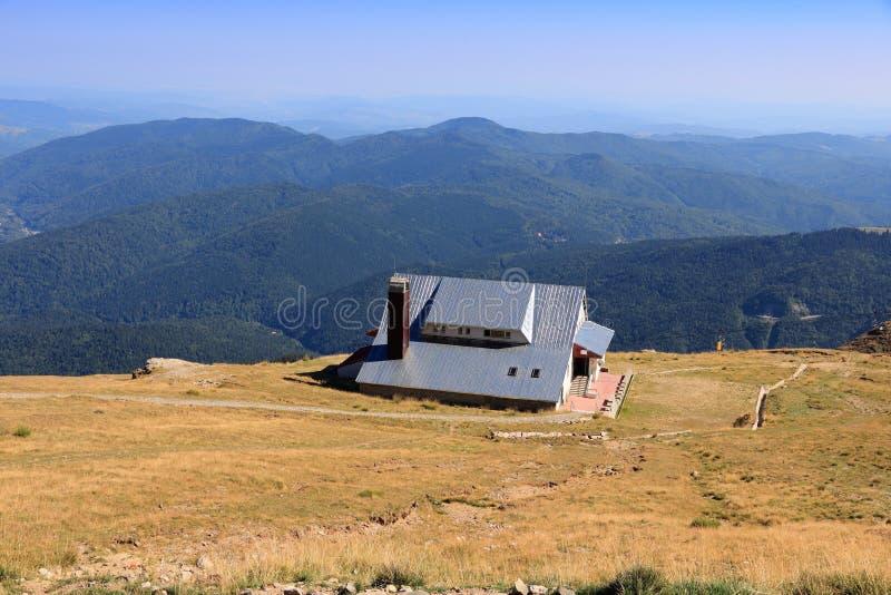 Carpathians i Rumänien royaltyfri foto