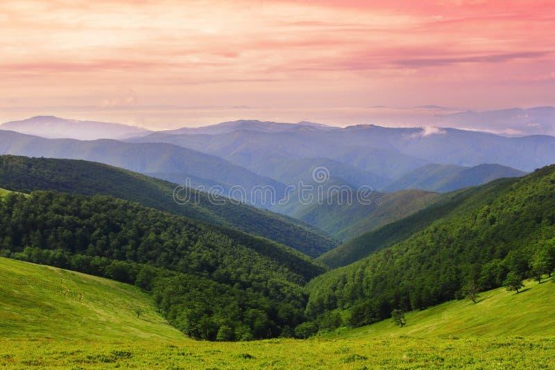 carpathians kanter royaltyfria foton
