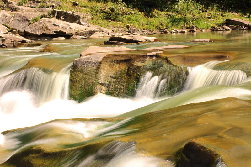 Carpathians siklawa fotografia stock