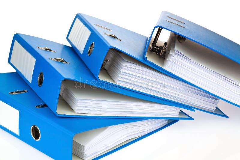 Carpeta de archivos con los documentos y los documentos foto de archivo libre de regalías