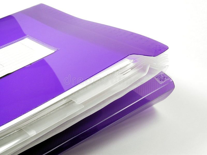 Carpeta plástica púrpura fotos de archivo libres de regalías