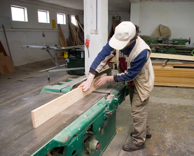 Carpintero en el trabajo. imágenes de archivo libres de regalías