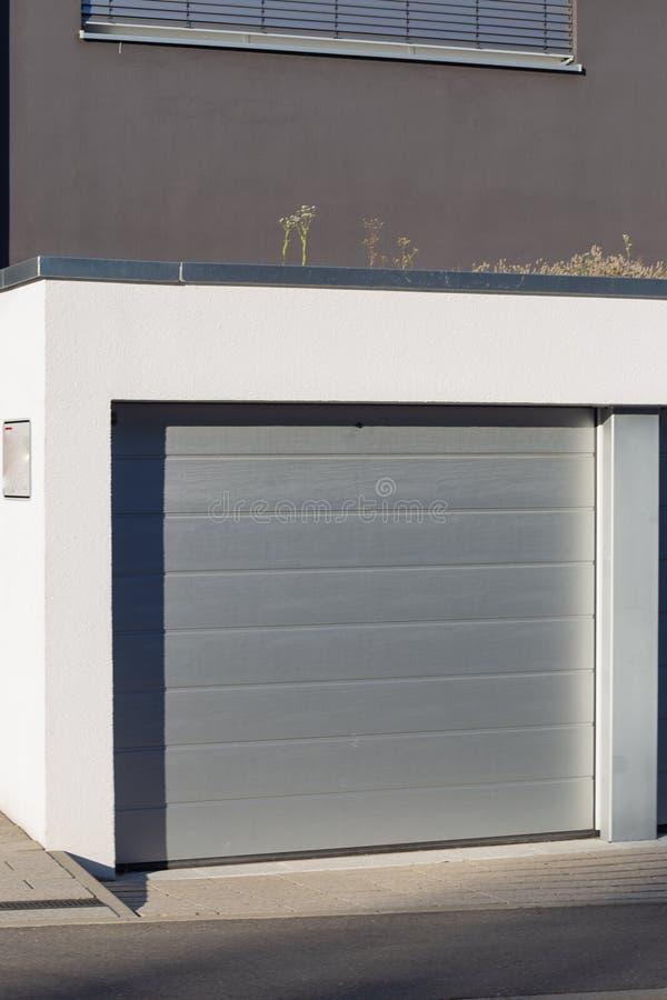 Modern Carport Garage: Download 1,032 Royalty Free Photos