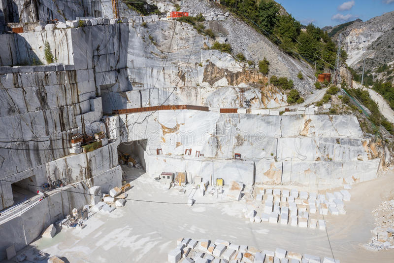 Carrara marmurowy łup w Włochy obraz royalty free