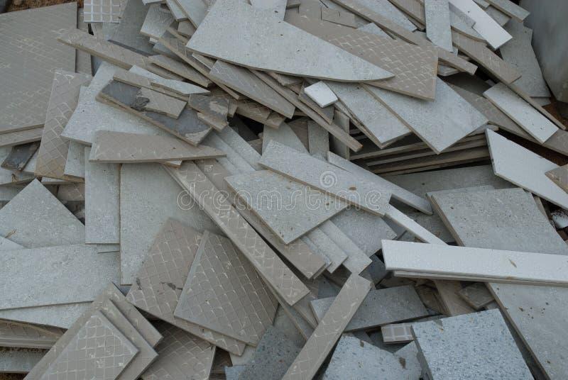 Carreaux de céramique cassés image stock