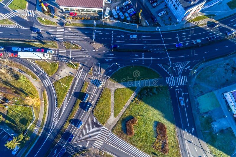 Carrefour dans la ville photos libres de droits