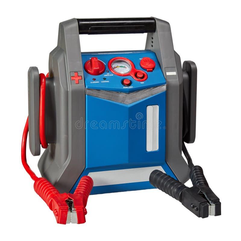 Carregador de bateria portátil do acionador de partida do salto do carro foto de stock