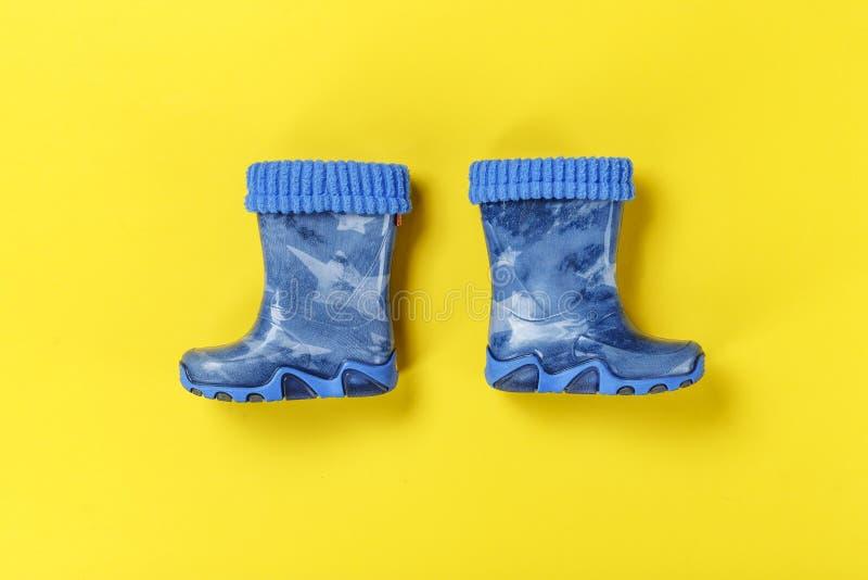 Carregadores de borracha azuis imagem de stock