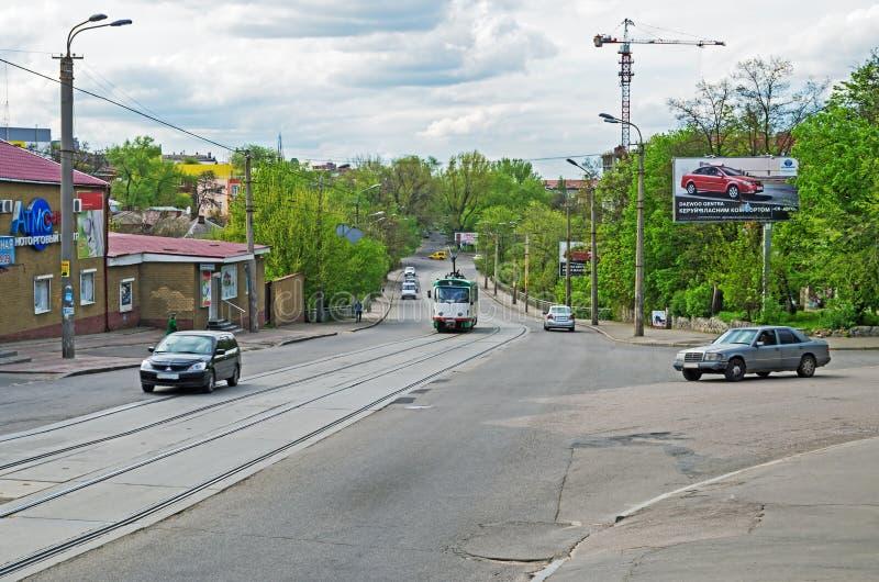 Carreggiata con le rotaie del tram fotografia stock