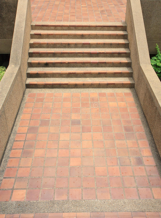 carrelage pour des escaliers image stock image du maison trottoir 32293941. Black Bedroom Furniture Sets. Home Design Ideas