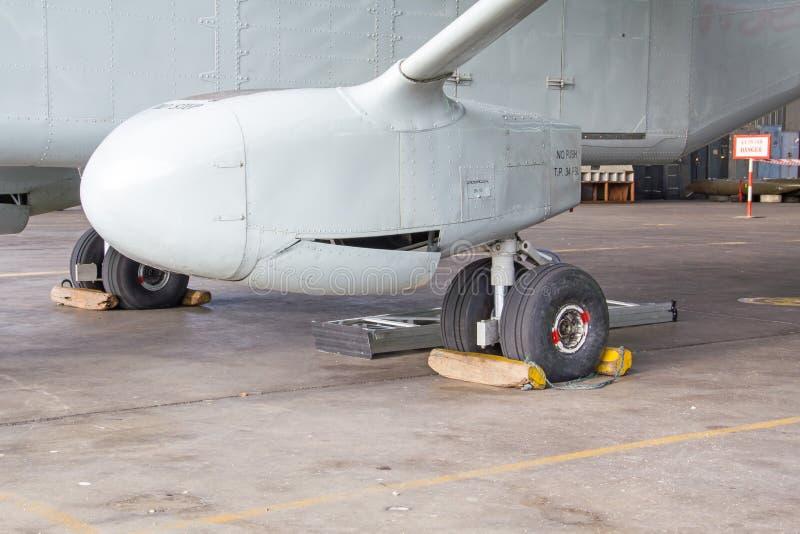 Carrello principale di atterraggio fotografie stock