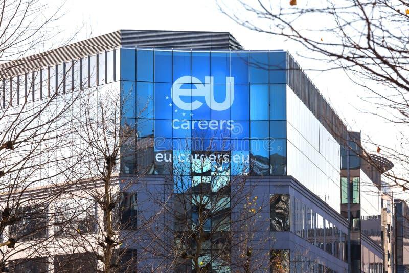 Carreras de la unión europea que construyen en Bruselas Bélgica imagenes de archivo