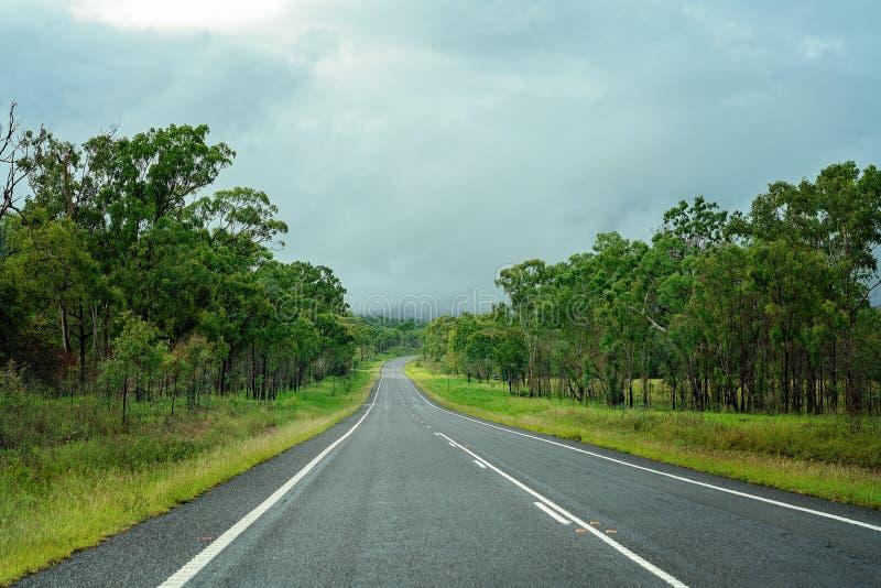 Carretera australiana del país abierto imagen de archivo libre de regalías