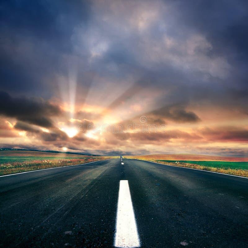 Carretera de asfalto foto de archivo